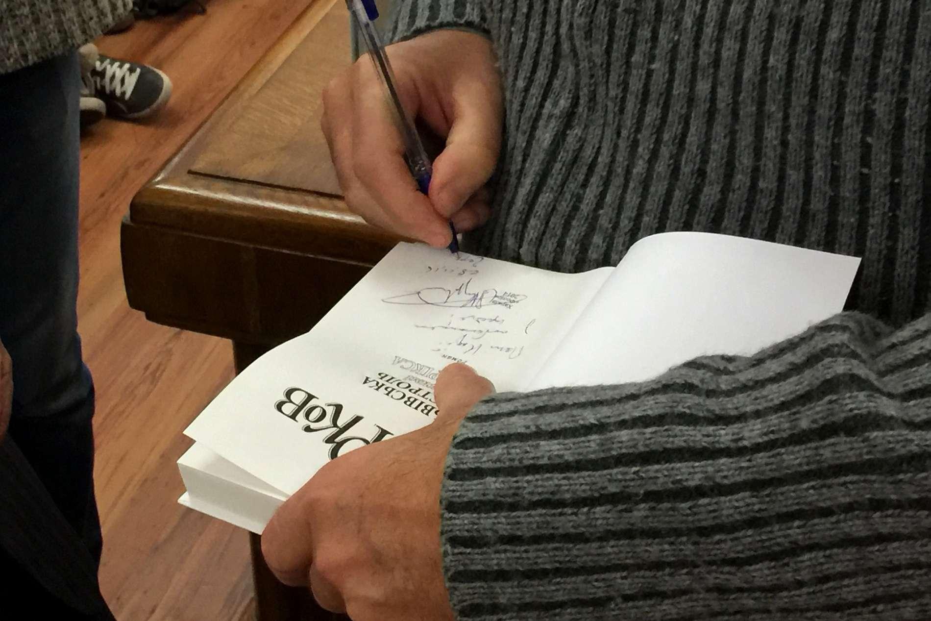 Андрій Курков у Чернівцях розповів про свої мандри Литвою, Жальгаріс і нову книжку