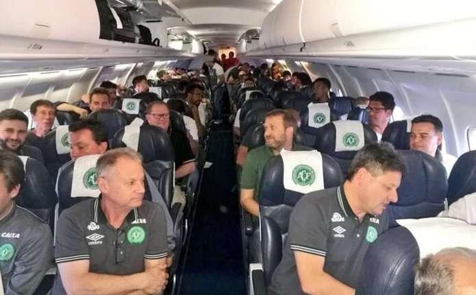 В результаті падіння літака в Колумбії загинуло 76 осіб