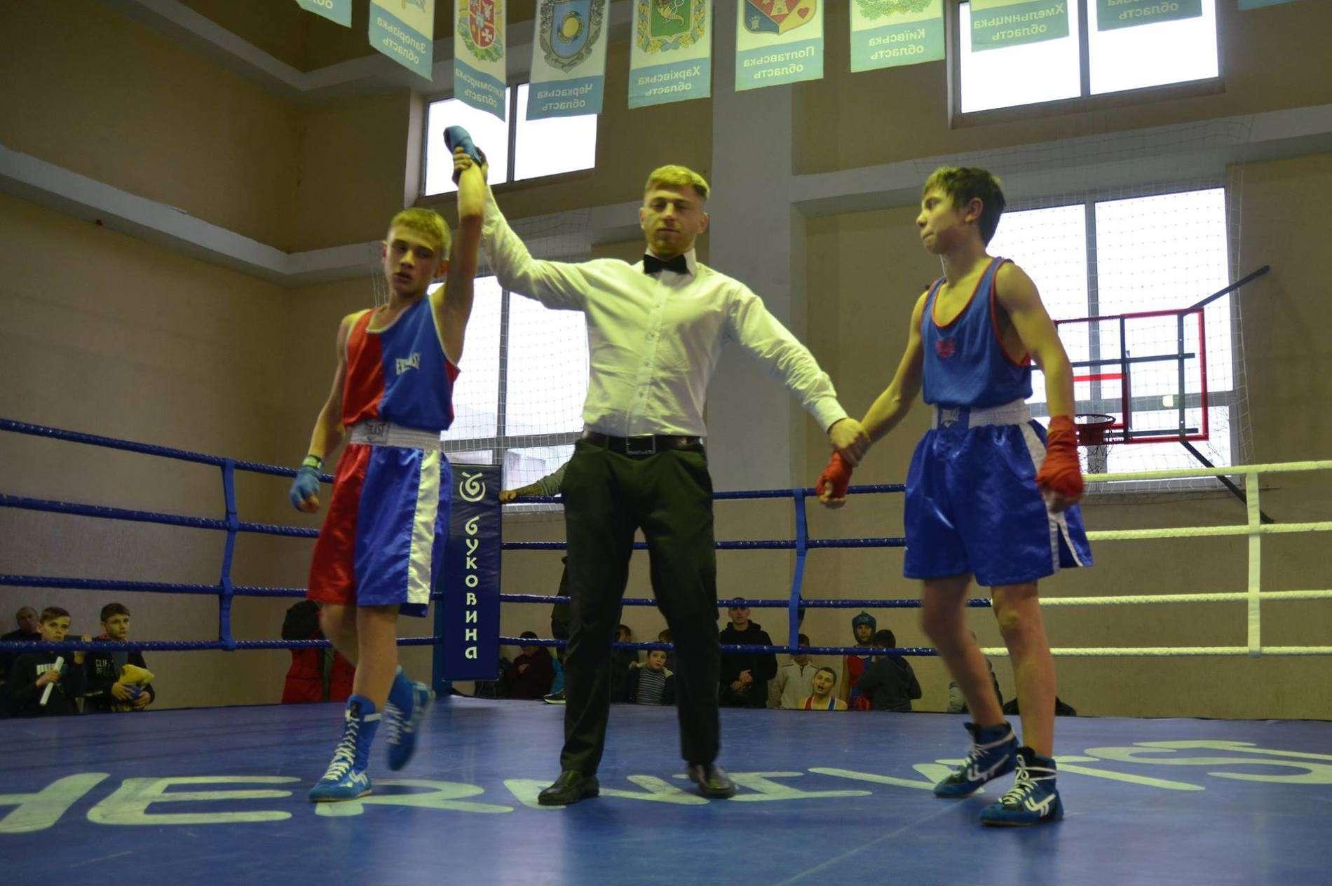 У Чернівцях відбувся другий турнір з боксу На честь захисника України