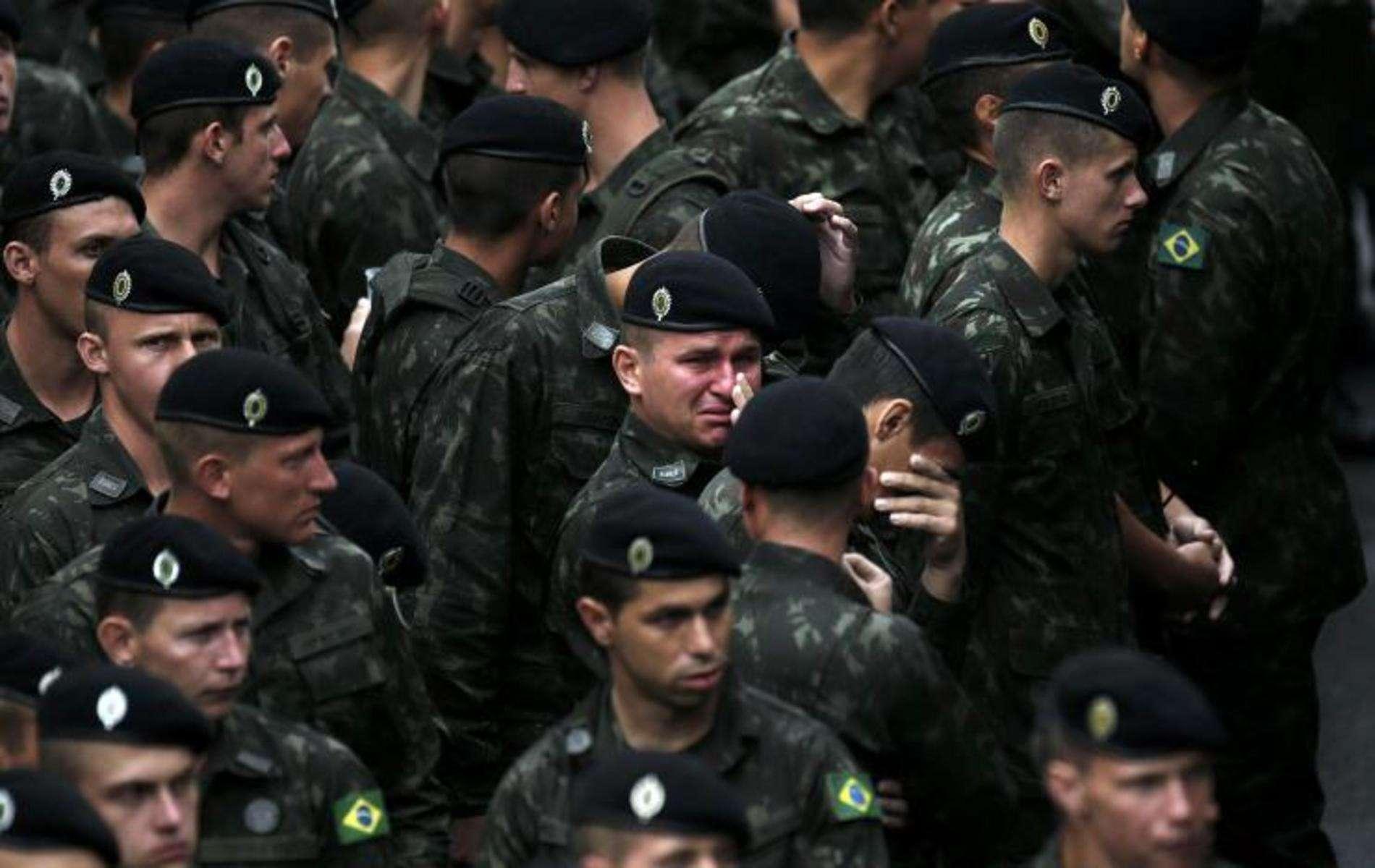У Бразилії попрощалися з загиблими в авіакатастрофі футболістами