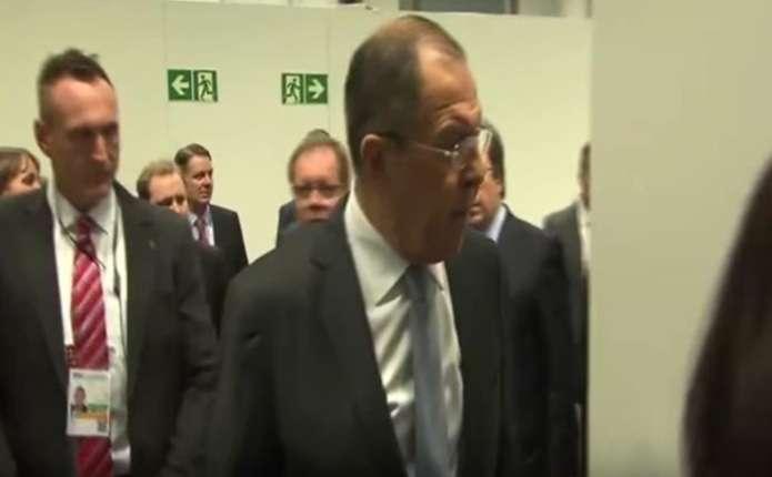 Російський міністр Лавров обізвав журналіста дебілом