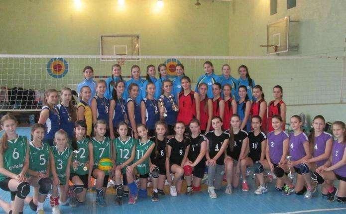 Волейболістки з Чернівців боролися за Кубок Карпат