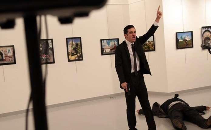 Посла РФ у Туреччині застрелили в Анкарі