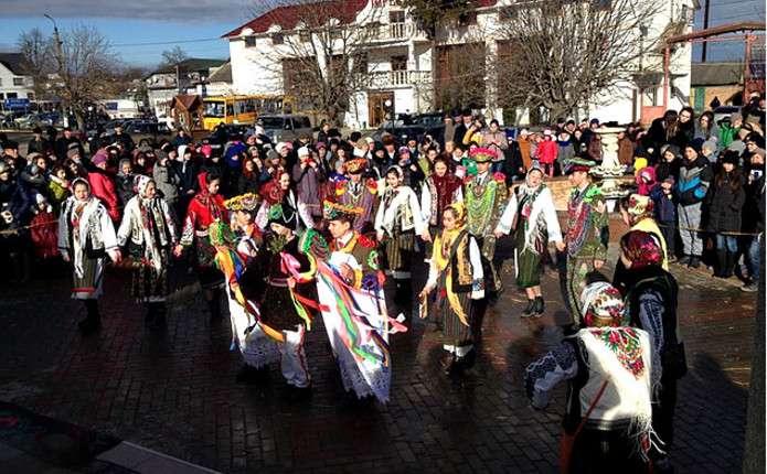 Фестиваль зимових традицій пройшов у Герці