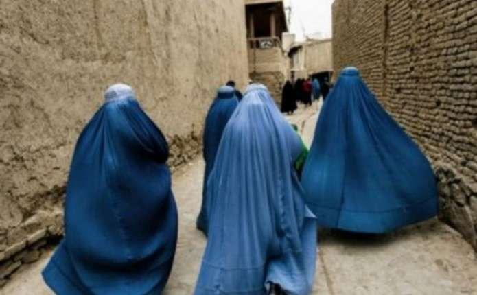 В Афганістані обезголовили жінку за відвідування магазину без чоловіка