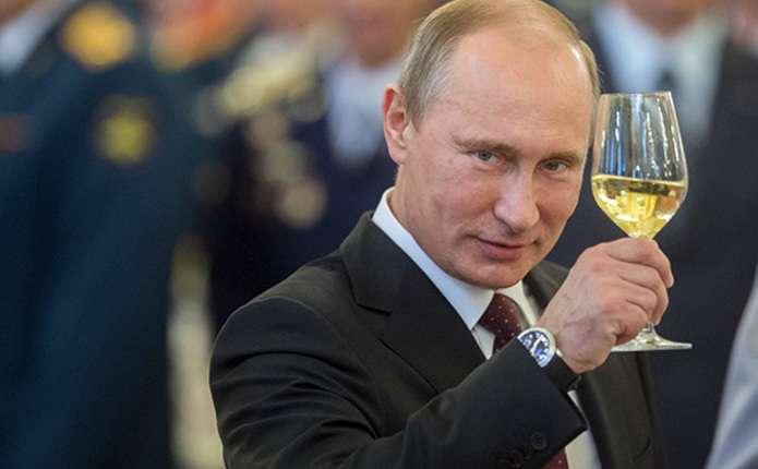 В наступному році несподівано для всіх Путін може просто піти з влади - астролог