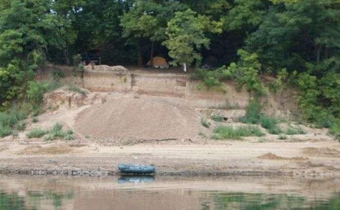 У Чернівецькій області відкрили палеолітичну стоянку, якій приблизно 150 тисяч років