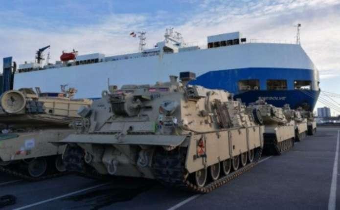 Для стримування Росії в Німеччину прибула бронетехніка зі США