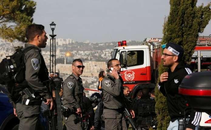 Теракт у Єрусалимі: вантажівка в'їхала в натовп людей