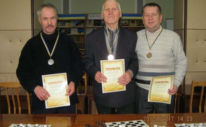 У Хотині відбулася особиста першість району з шашок серед чоловіків