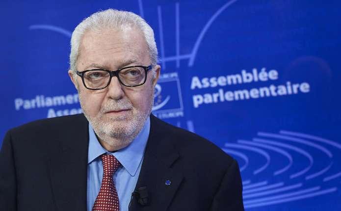Депутатів-агресорів тягнуть до Європарламенту