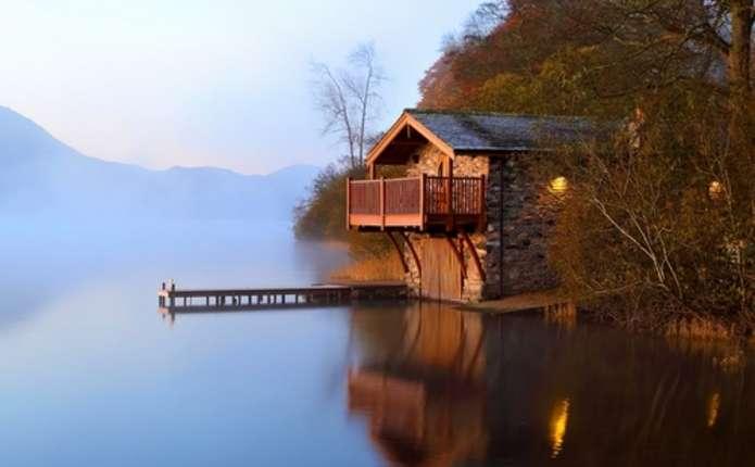 Де можна в Україні зняти подобово будинок на воді з усіма зручностями