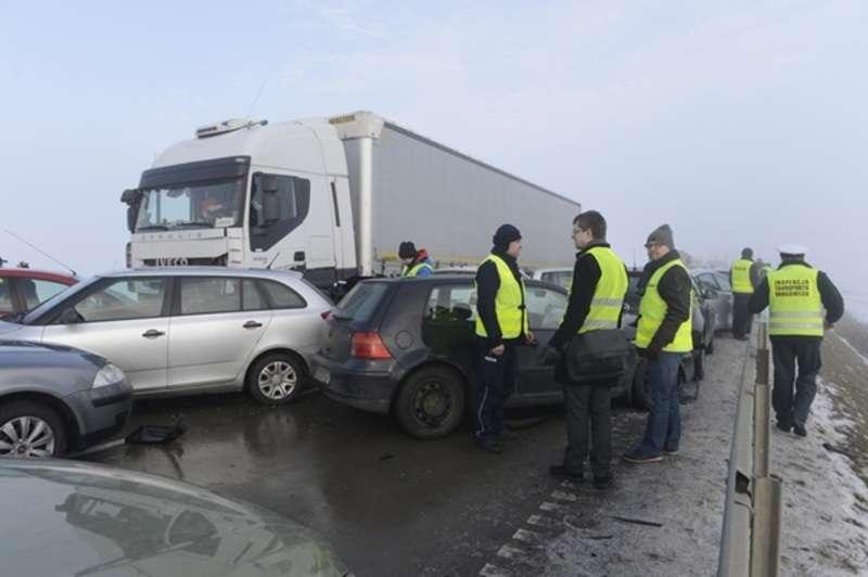 У Польщі сталася масова ДТП з постраждалими