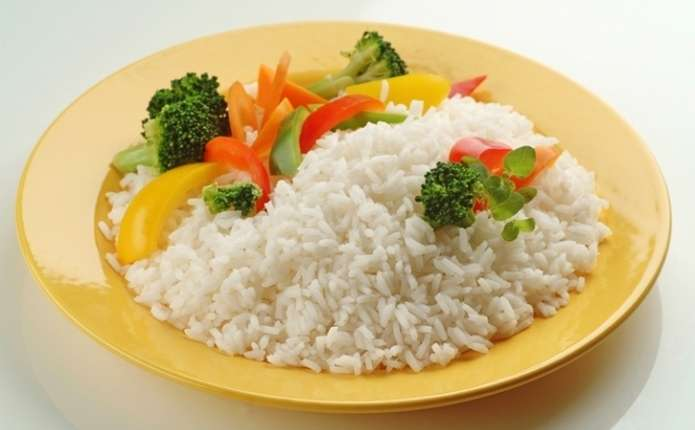 Вчені розповіли, чому небезпечно їсти рис