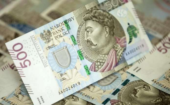 У Польщі до обігу ввійшла нова купюра номіналом 500 злотих
