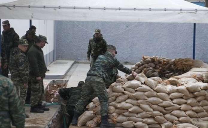 У Греції евакуюють 75 тисяч людей через бомбу