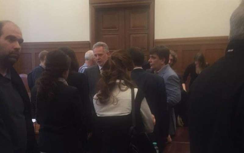 Українського олігарха  Фірташа таки затримали в суді Відня