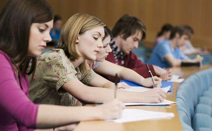Соціальні стипендії отримають більше студентів