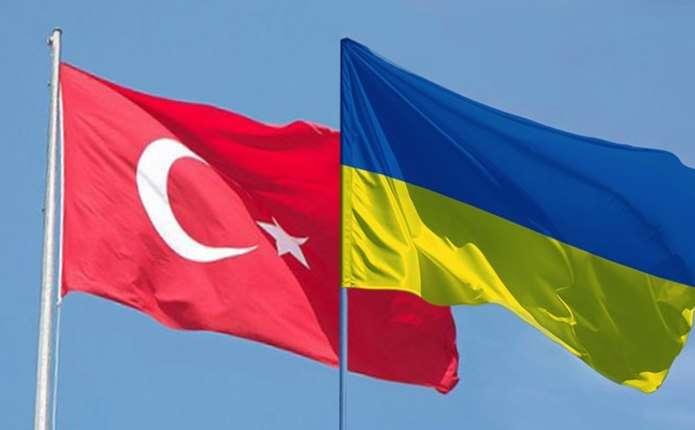 Українці зможуть їздити до Туреччини без закордонних паспортів