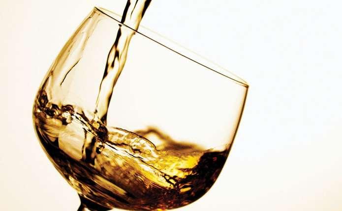 Вчені дослідили, що повна відмова від алкоголю – небезпечна