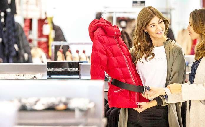 Одягнутися вже дешевше у Європі. Цінова політика на одяг ... 032ca91331e56