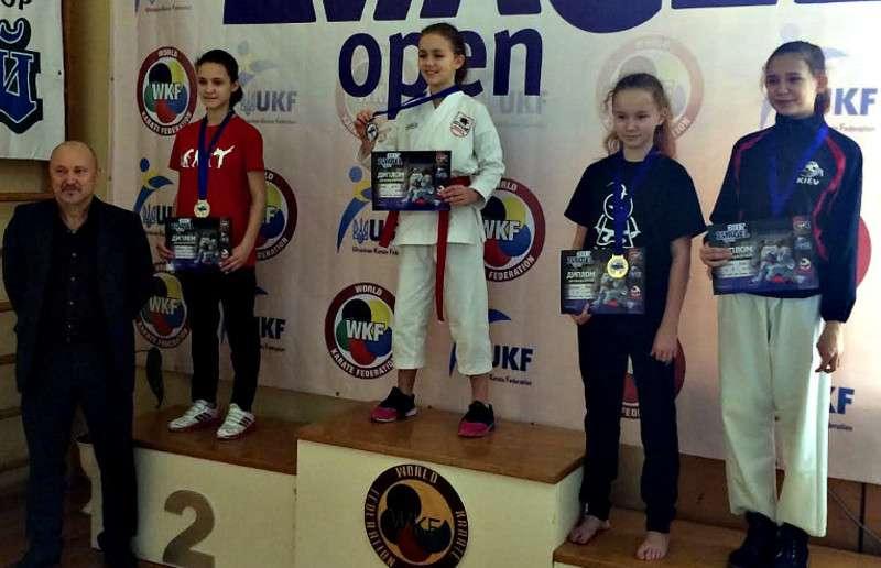 Каратисти із Сторожинця завоювали п'ять нагород на Всеукраїнських змаганнях