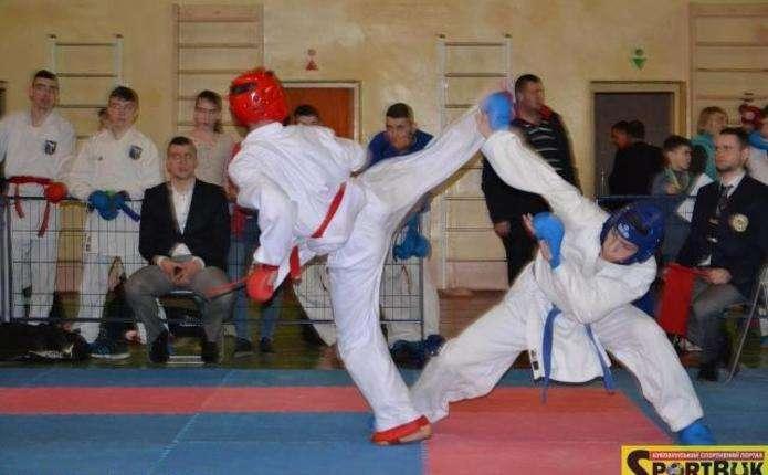 У Чернівцях відбувся україно-іспанський фінал на клубних змаганнях з карате
