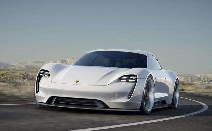 Porsche Mission E 2020: нові подробиці першого електромобіля