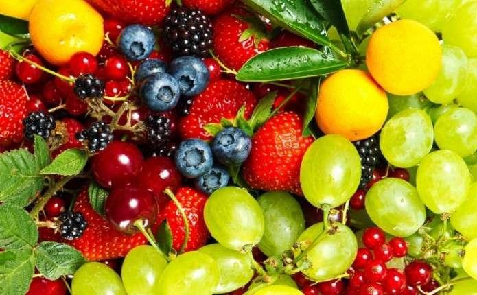 Учені назвали найнебезпечніший фрукт, що викликає рак та безпліддя