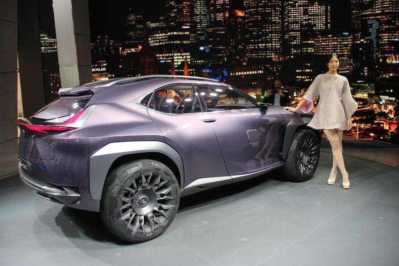 Компактний кросовер Lexus кине виклик Audi Q2 і Mini Countryman