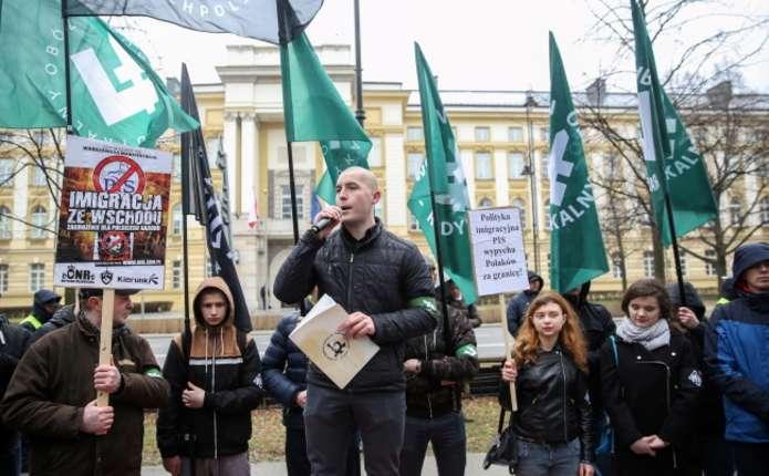 У Польщі праворадикали протестували проти українських працівників