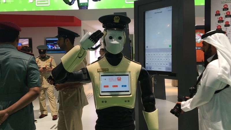 У Дубаї в травні почнуть патрулювати перші роботи-поліцейські