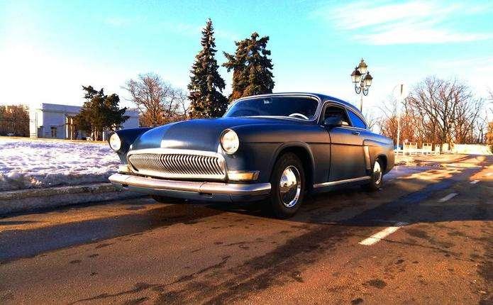 Унікальна американська Волга купе їздить українськими дорогами