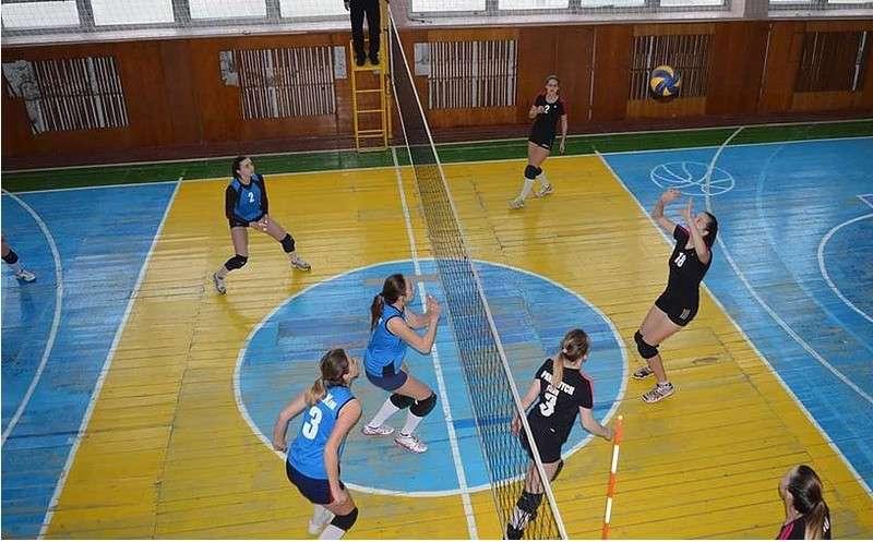 На Буковині відбувся турнір з волейболу серед жіночих команд