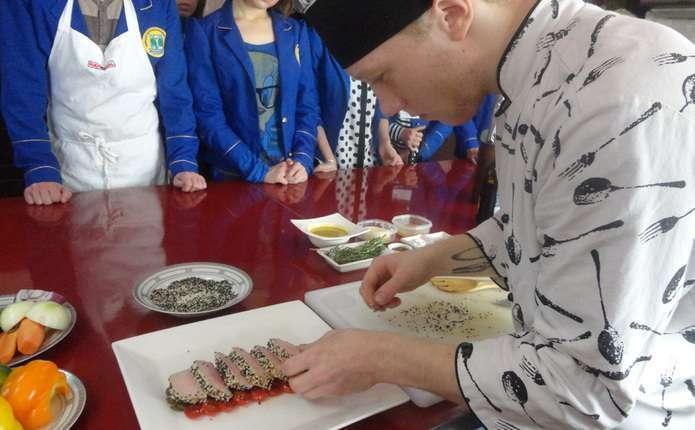 Мер Чернівців опублікував відео з відкриття кулінарного фестивалю