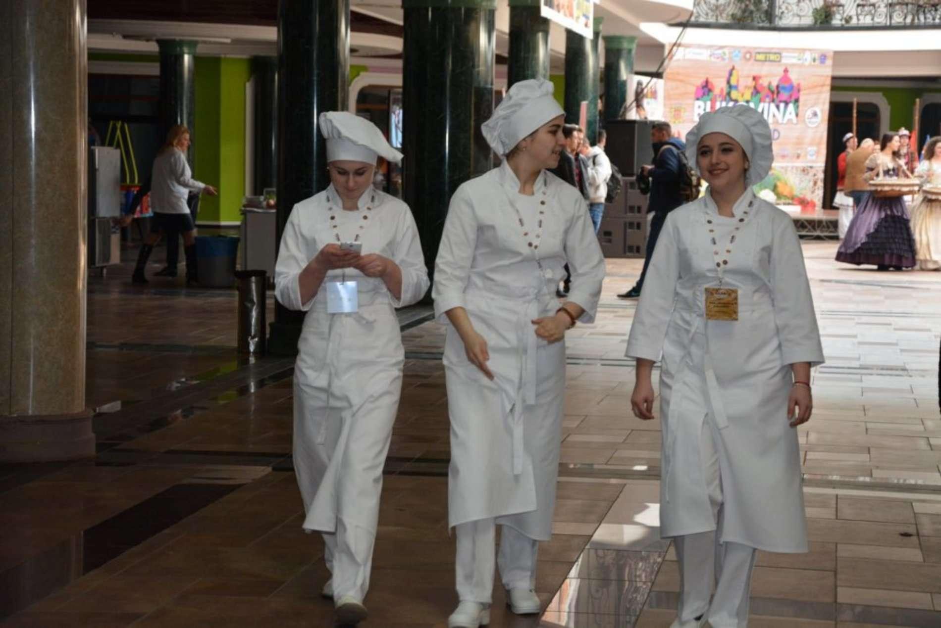 Як у Чернівцях проходило відкриття фестивалю FoodLandBukovina-2017