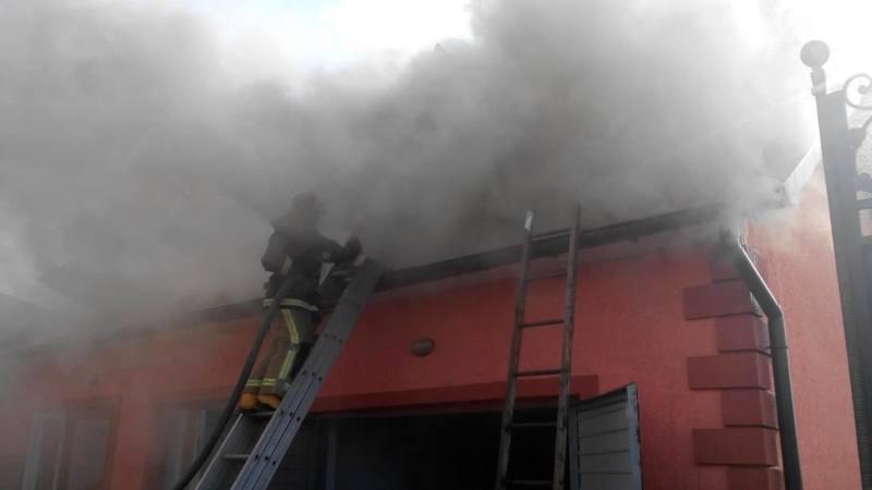 За добу у Чернівецькій області вогнеборці ліквідували 14 пожеж