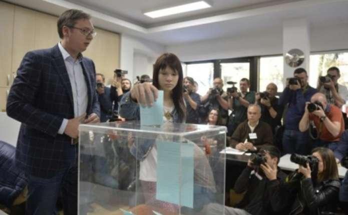 У Сербії проходять вибори президента