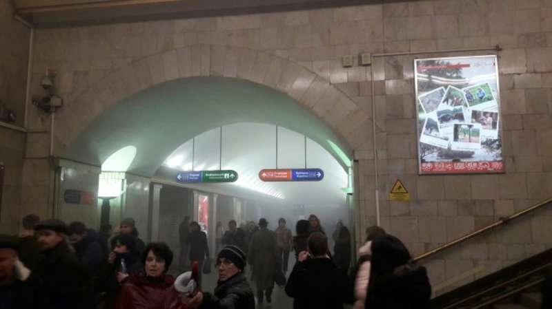 У Санкт-Петербурзі стався вибух у метро