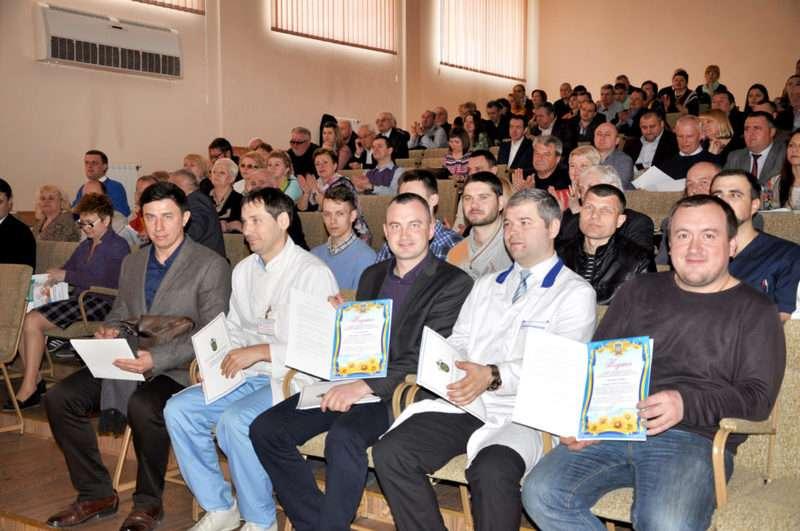 Буковинських медиків-футболістів відзначили Подяками