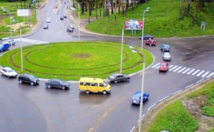 В Україні дещо змінився дорожній рух: Рада схвалила новий закон