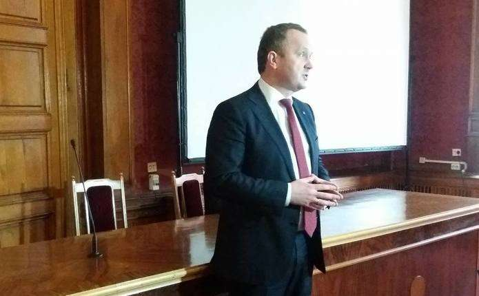 Міністр екології України Остап Семерак зустрівся зі студентами ЧНУ