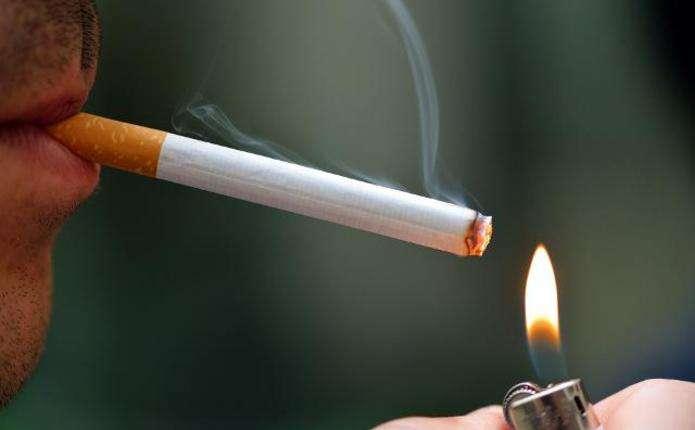 У світі кожна десята людина помирає від куріння