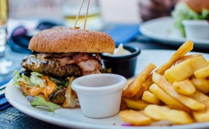 Знизити ризик серцевого нападу можна відмовившись від жирів