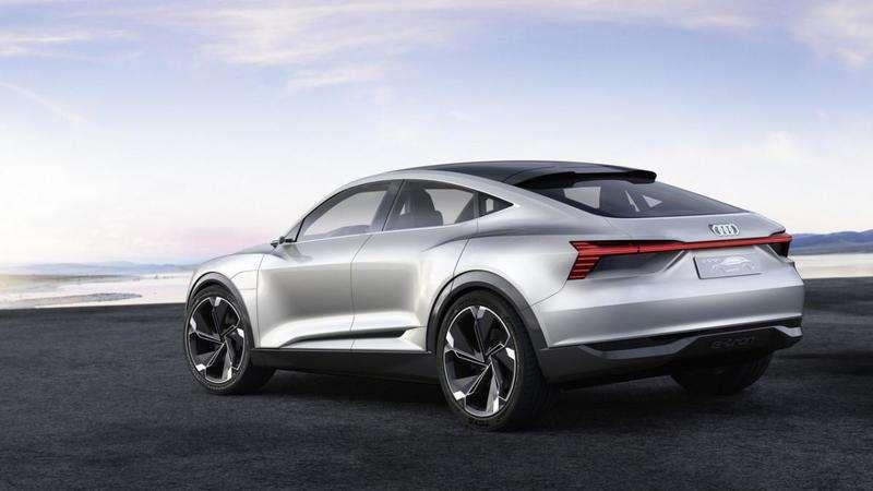 У Китаї представлено електричний купе-кросовер Audi E-Tron Sportback