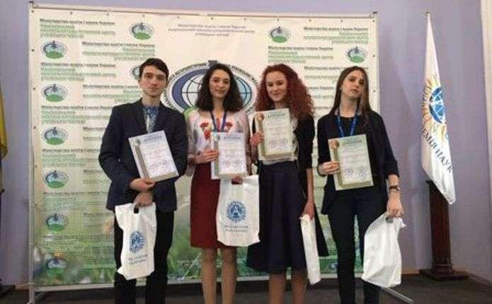 Буковинці здобули 5 призових місць на конкурсі наукових робіт у Києві