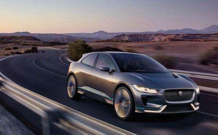 Серійний електрокросовер Jaguar I-Pace представлять восени
