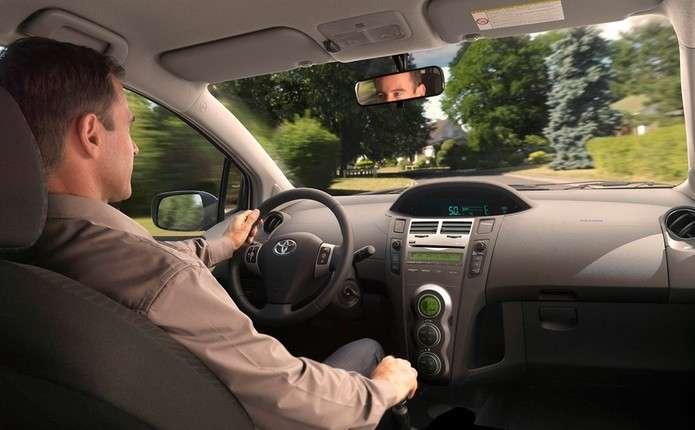 На дорогах Чернівецької області побільшало водіїв-новачків