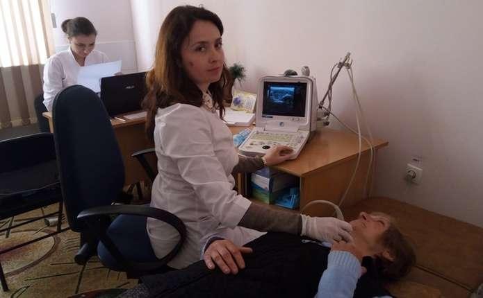 Чорнобильці та учасники АТО у Чернівцях могли безкоштовно перевірити щитовидку