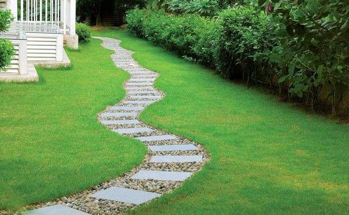 Садовая дорожка с малыми затратами. Инструкция по заливке при помощи пластиковых форм